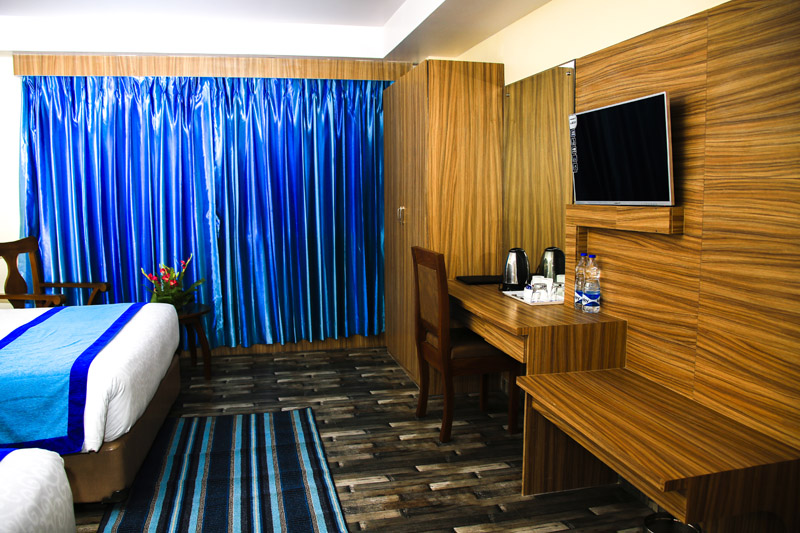Deluxe-Twin-bed-room